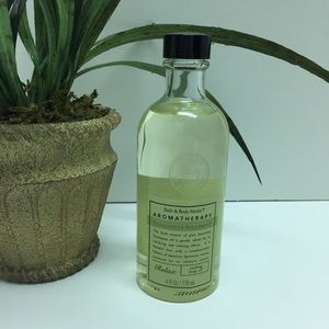 Bath & Body Works Soothing Body Oil Aromatherapy